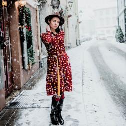 Įspūdinga ir stilinga marga LIMITED EDITION kapsulinės kolekcijos suknelė PARIS burgundiška/garstyčių