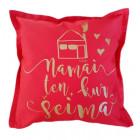 Interjero pagalvė NAMAI KUR ŠEIMA, raudona