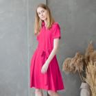 Moteriška įliemenuota suknelė su apykakle, dirželiu ir paslėptu užtrauktuku priekyje LIMA Fit, ryškiai rožinės spalvos