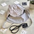 BEAR vasarinė vaikiška kepurė su snapeliu , raišteliais ir kaklo apsauga (100% medvilnė) - pilka su taškiukais
